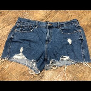 Old Navy Mid-Rise Distressed Boyfriend Shorts